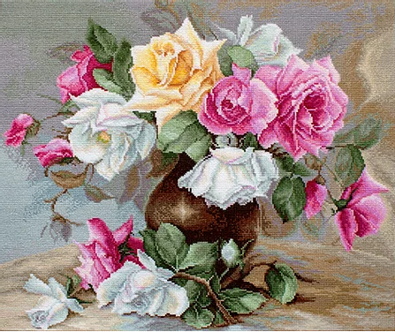 Luca-S # B587, Vase with Roses